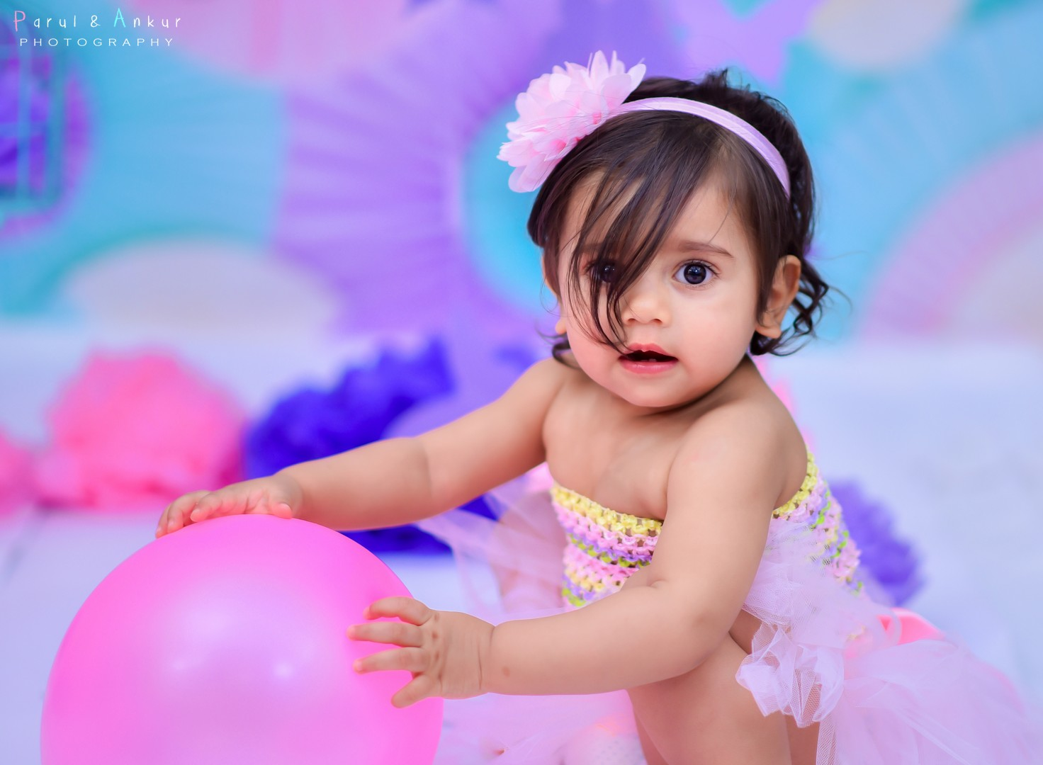 indoor bangalore toddler cake smash photo shoot by Parul and Ankur Kaushal Photography