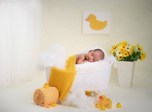 newborn_photo_by_parul_and_ankur00121