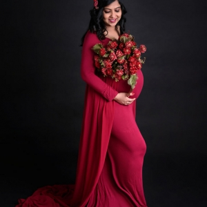 indoor_maternity_photoshoot_by_parul_and_ankur00006